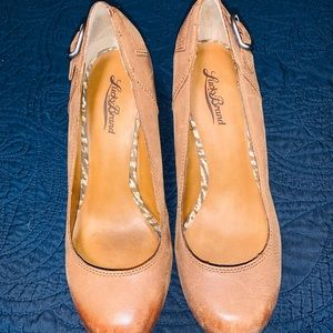 Lucky Brand genuine leather wedge